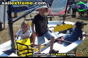 X3-Sailing-dinghy-fun-on-shore